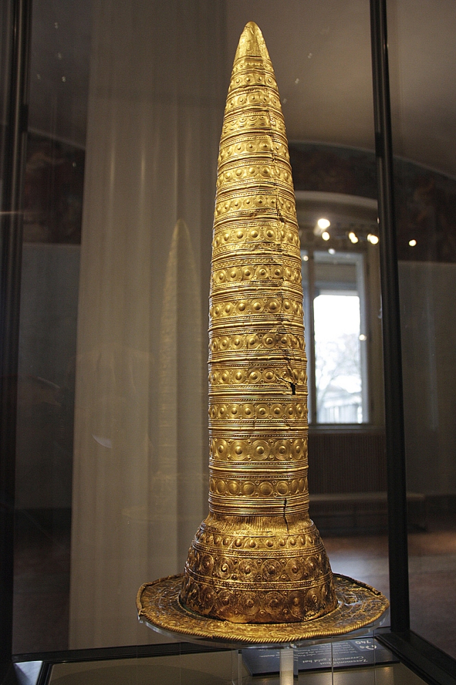 Berlin Gold Hat - Neues Museum - Berlin